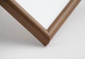 Рамка А4 пластиковая, цвет - дерево светло-коричневое, профиль - полукруглый 13 мм
