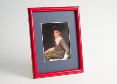 Рамка А4 пластиковая, цвет - красный матовый, профиль - полукруглый 14 мм