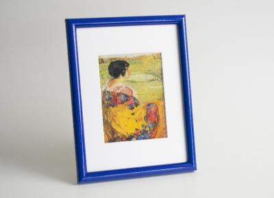 Рамка А4 пластиковая, цвет - синий глянцевый, профиль - полукруглый 13 мм