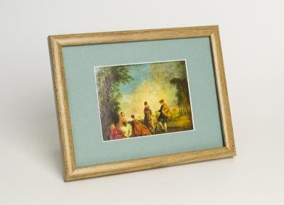 Рамка А4 пластиковая цвет - светло коричневое дерево, профиль - квадрат 13 мм