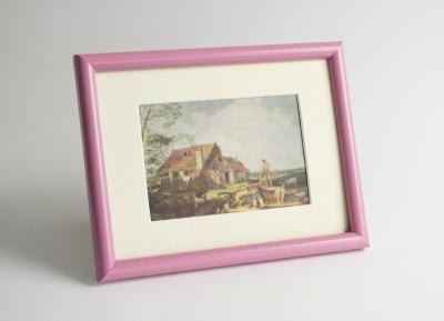 Рамка А4 пластиковая, цвет - темно-розовый, профиль - полукруглый 14 мм